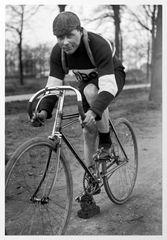 cyclist arround 1900