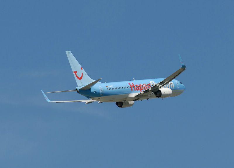 D-AHFV Hapag-Lloyd Boeing 737-8K5