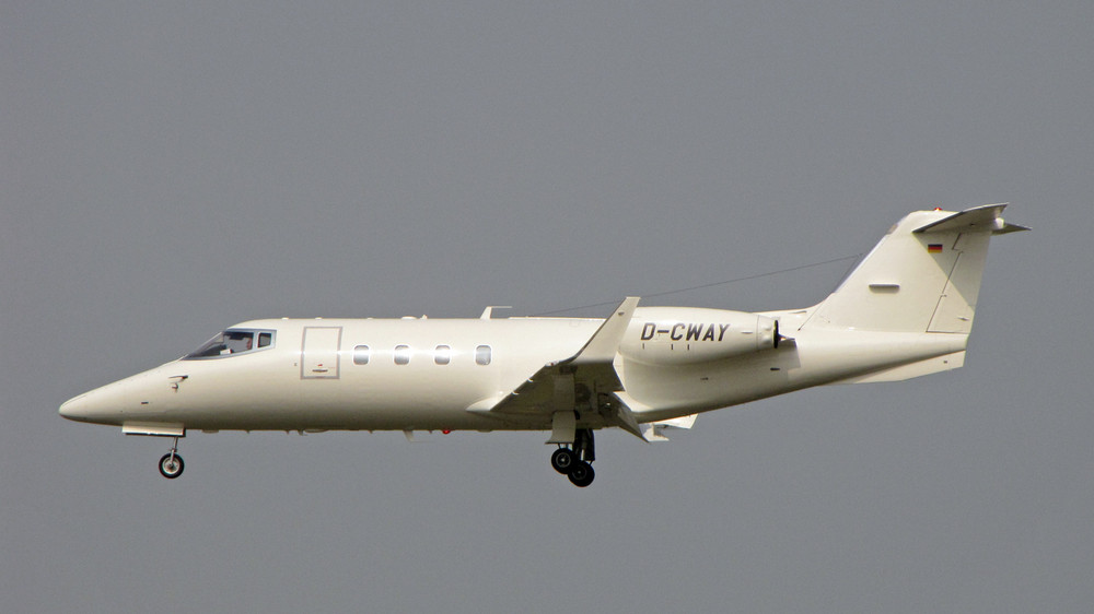 D-CWAY Cirrus Aviation Learjet 55
