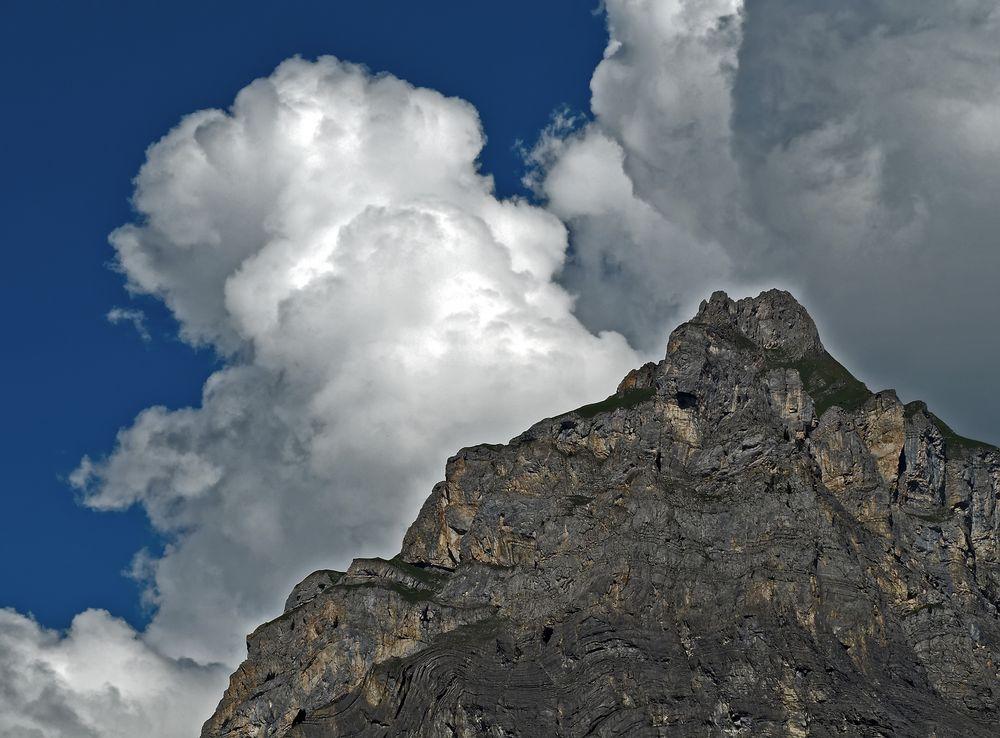 """Da braut sich was zusammen! - Nuages sur """"ma"""" montagne..."""