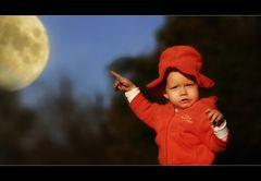 Da, der Mond