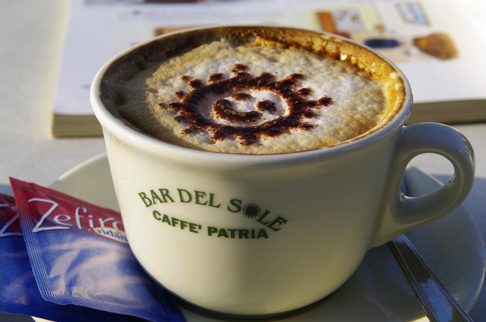 Da lacht selbst die Sonne in der Bar del Sole, Praiano, Amalfiküste