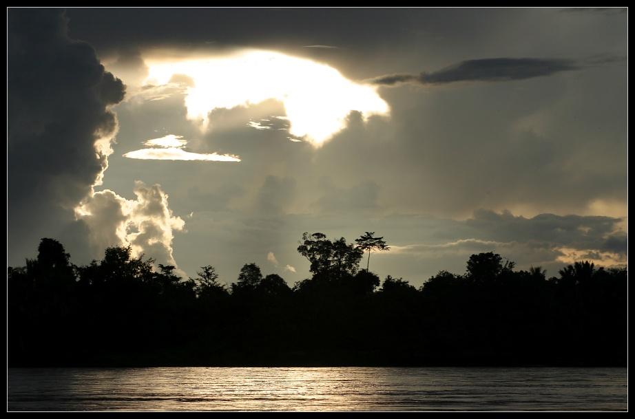 Da öffnet sich der Himmel..., Don Det, Laos