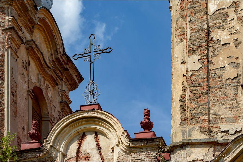Dach-Kreuz