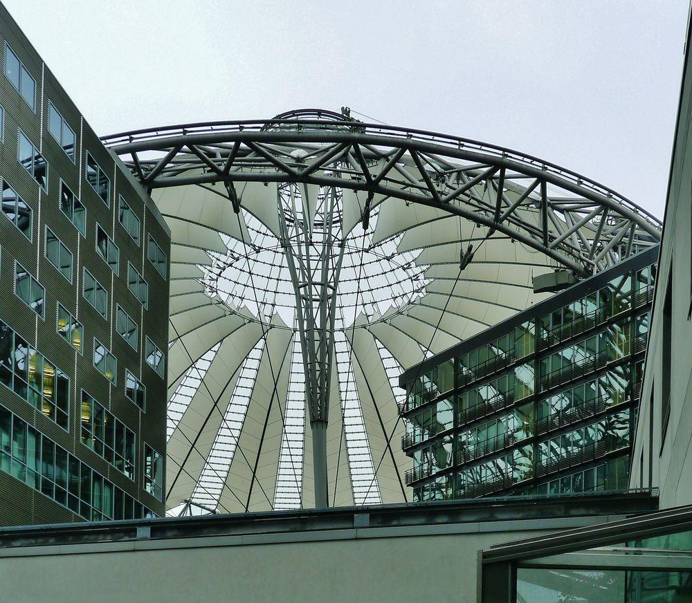 Dach oder Fassade
