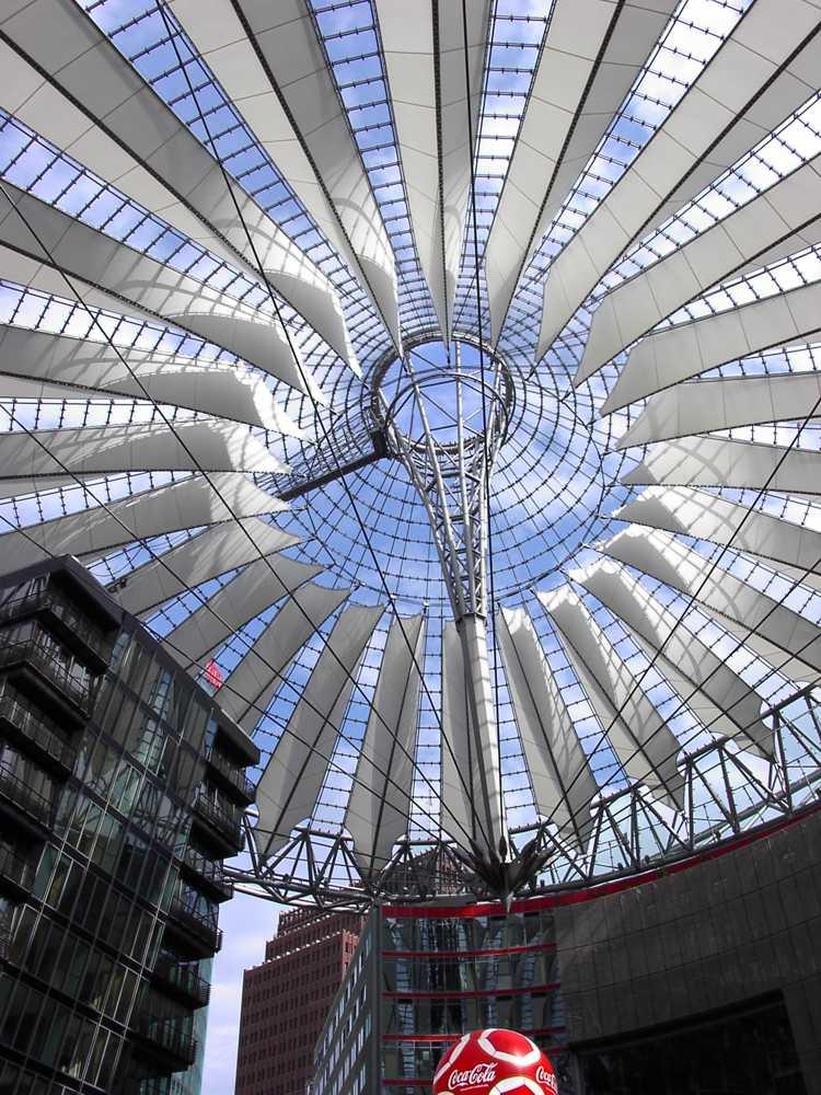 Dach Sony Center