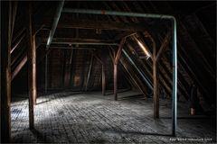 Dachboden mit Geschichte .... Waldniel Hostert