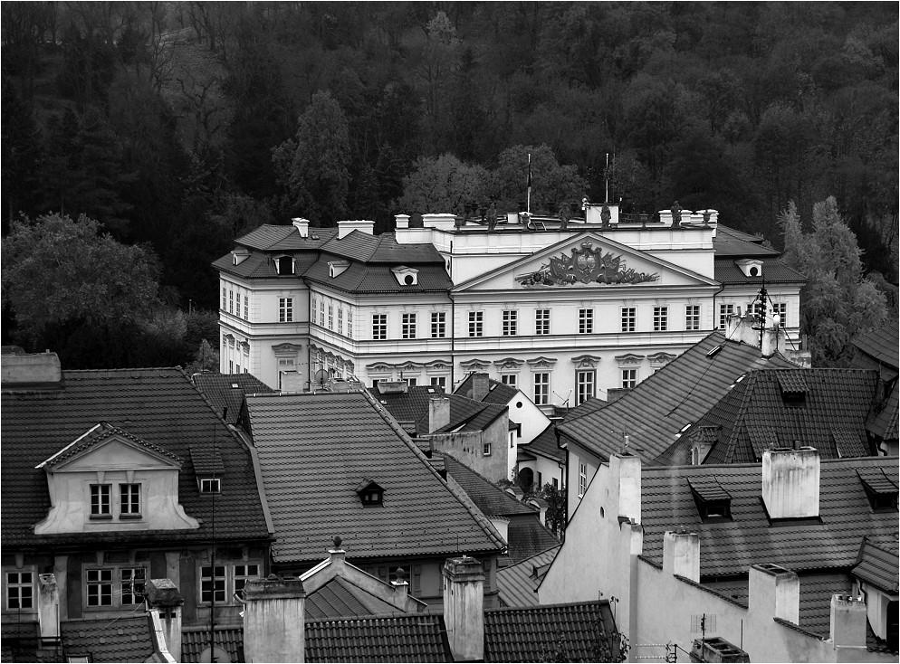 Dächer in Prag - und......
