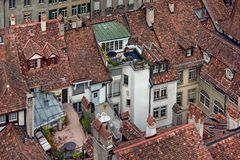 Dächerlandschaft in der historischen Altstadt von Bern