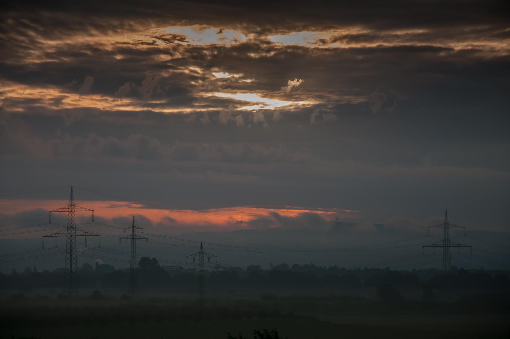 Dämonischer Sonnenaufgang im Neuwieder Becken