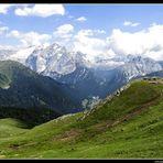 ...dal Col Rodella.(2400 mt )
