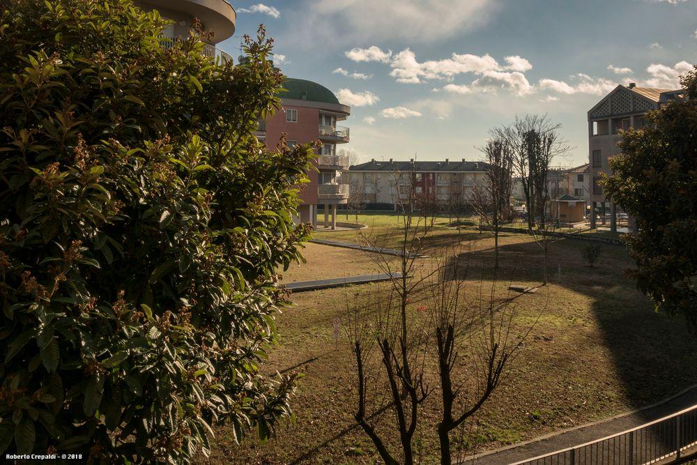 Dalla finestra, sole e vento
