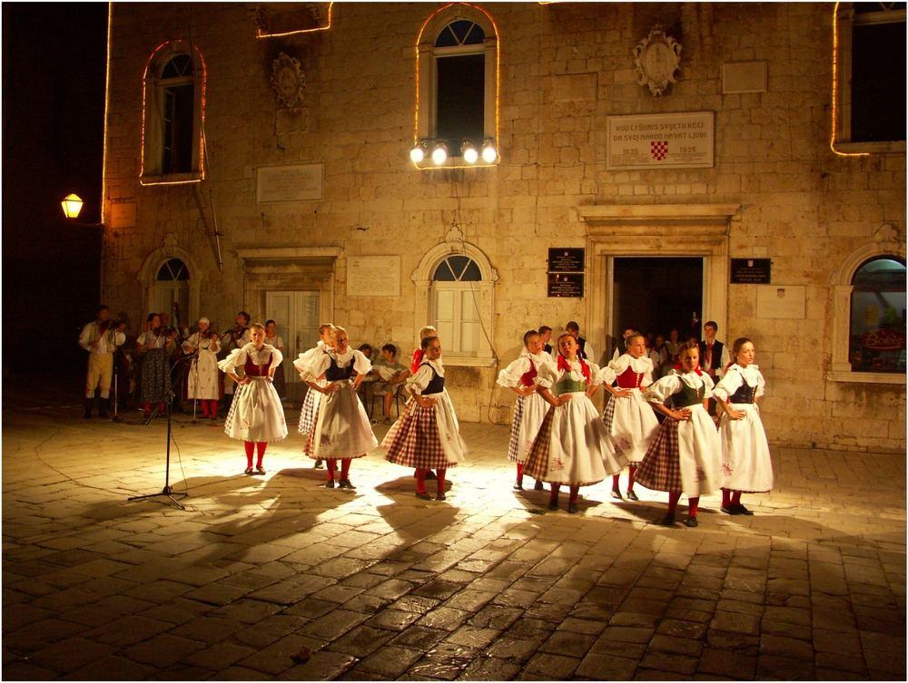 Dalmatinische Folklore in Trogir