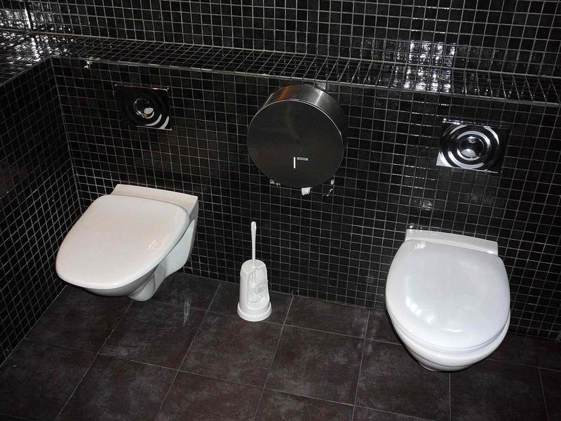 Damen Toilette