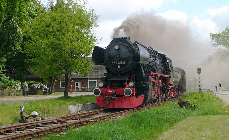 Dampflok 528029-2