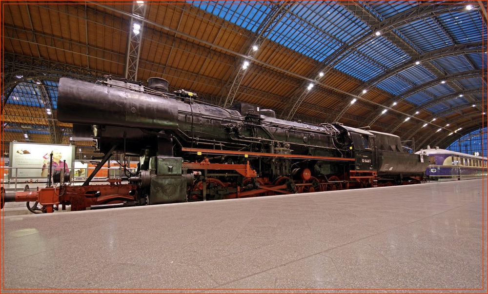 Dampflok auf dem Leipziger Hauptbahnhof (DRI)