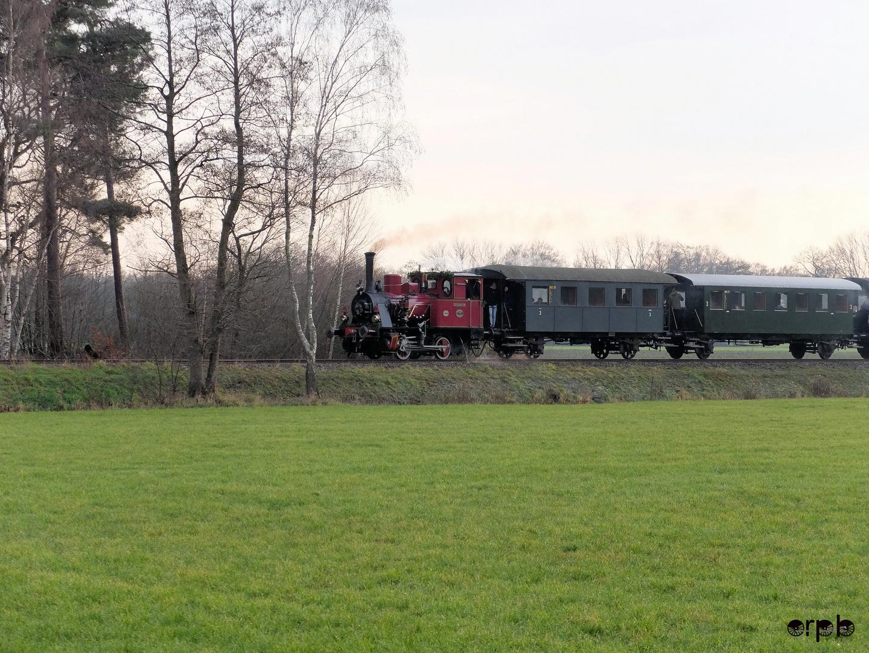Dampflokomotive SHM-16 Medemblik (Winterritten 2019) 01