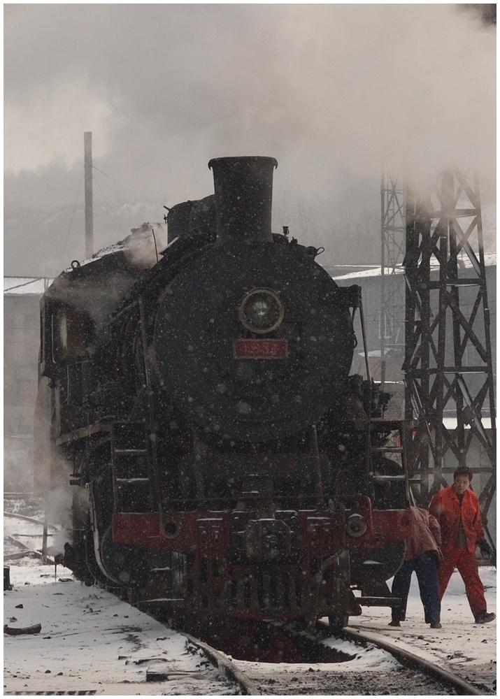 Dampfloks im Winter III
