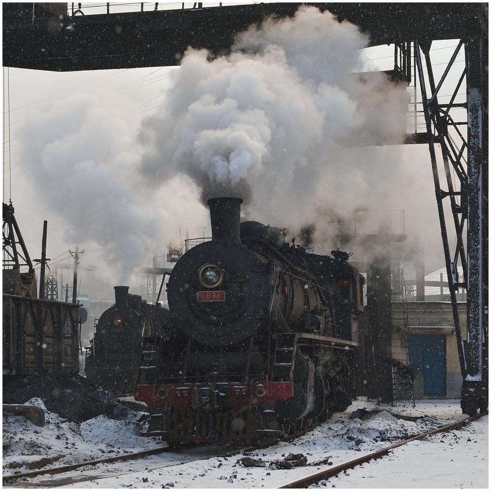Dampfloks im Winter IV