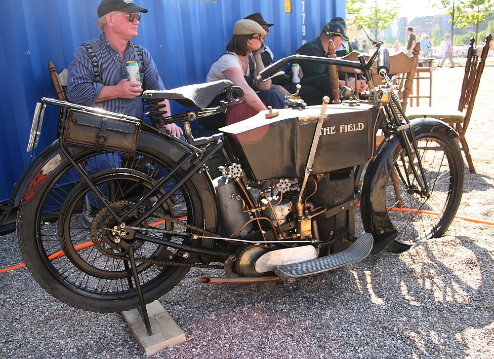 """Dampfmotorrad """"The Field"""", das einzige Dampfmotorrad der Welt, 100 Jahre alt!"""