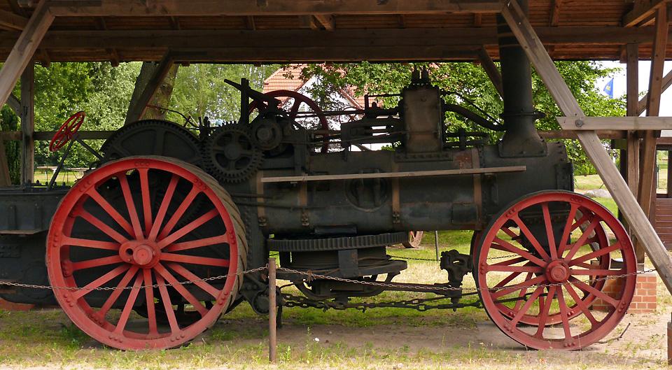 Dampfpfluglokomobile von 1915