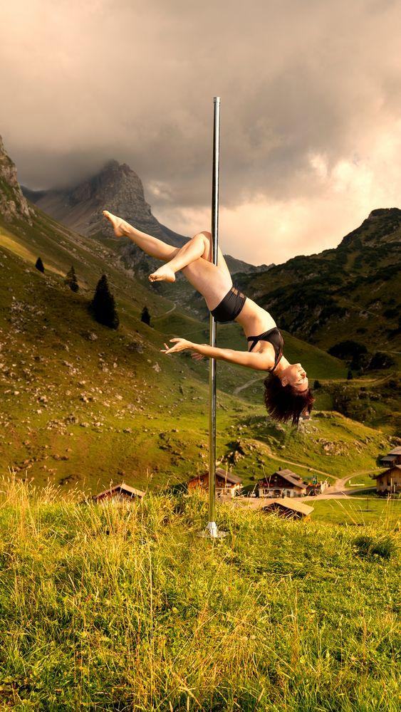dance between mountain ... 05