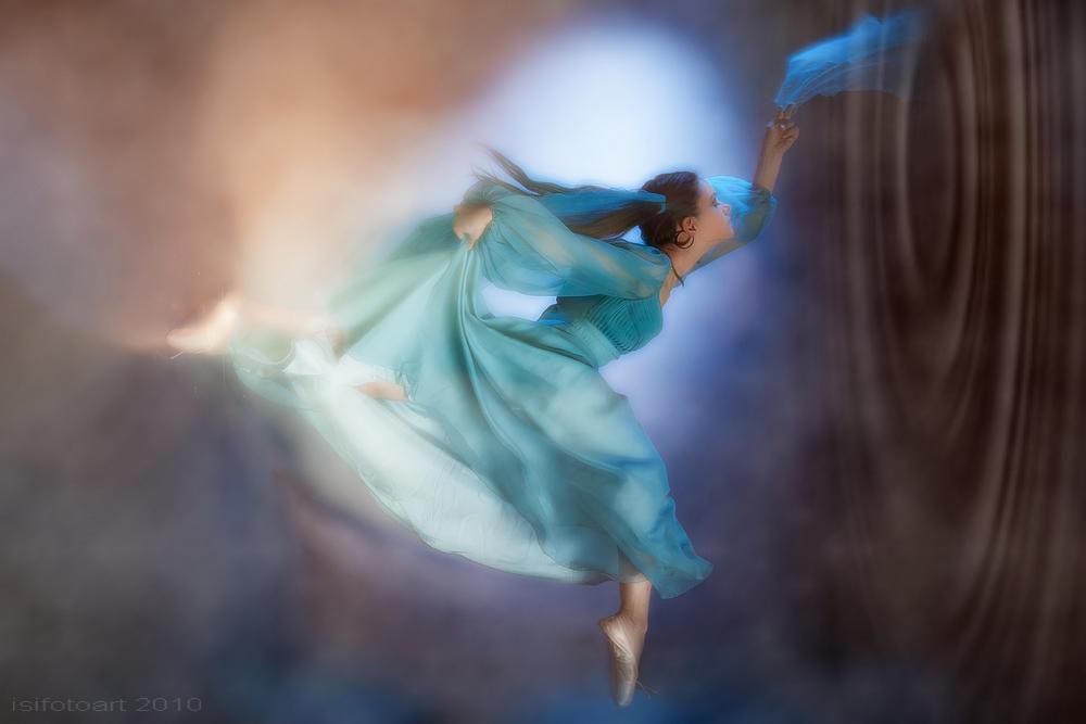 dance IV...