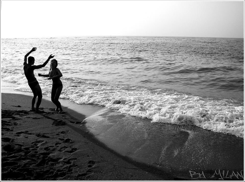 Dancing at the sea