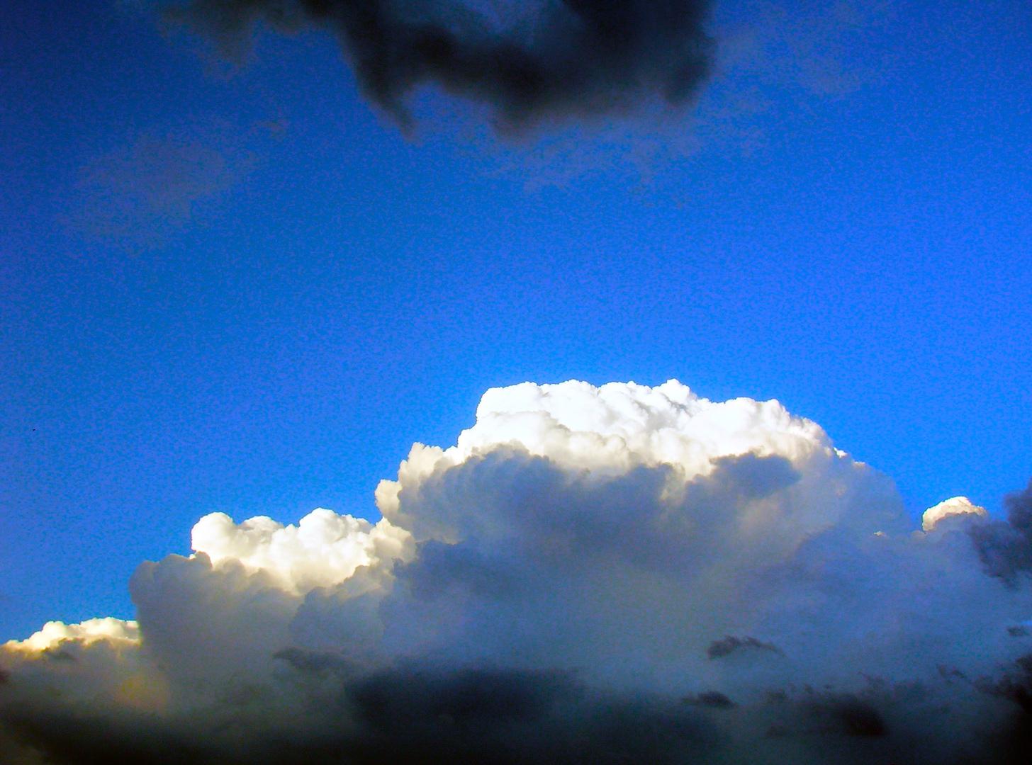 dando spazio alle nuvole chiare..!!!