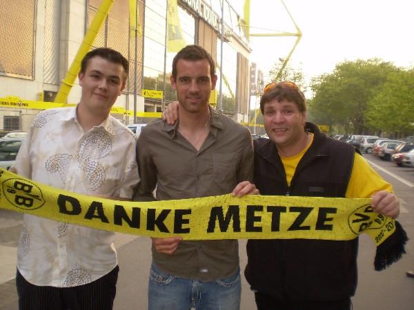 """"""" Danke Metze """""""