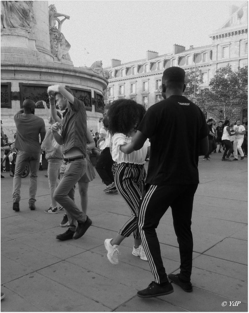 Danser la bachata....