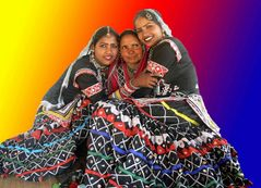 Danseuses rajasthani ... / Dancers from Rajasthan ...
