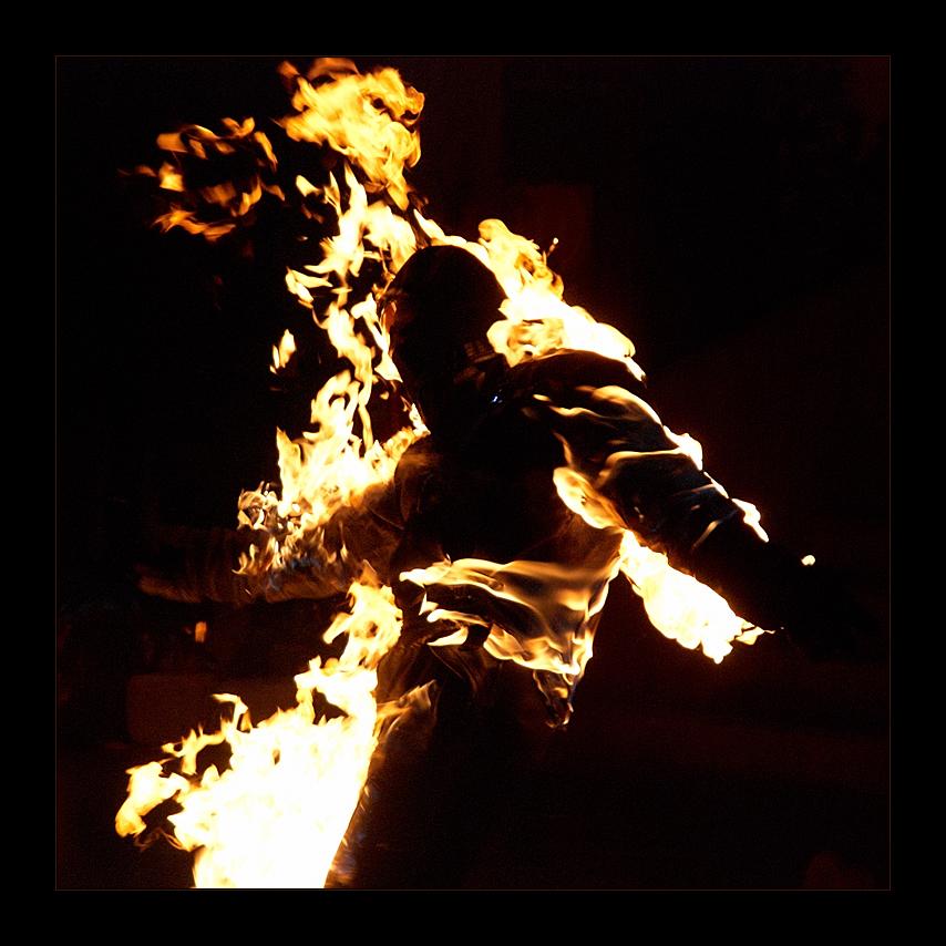 ¿danza con llamas?