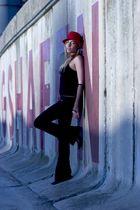 Dara | red & blue | 2004
