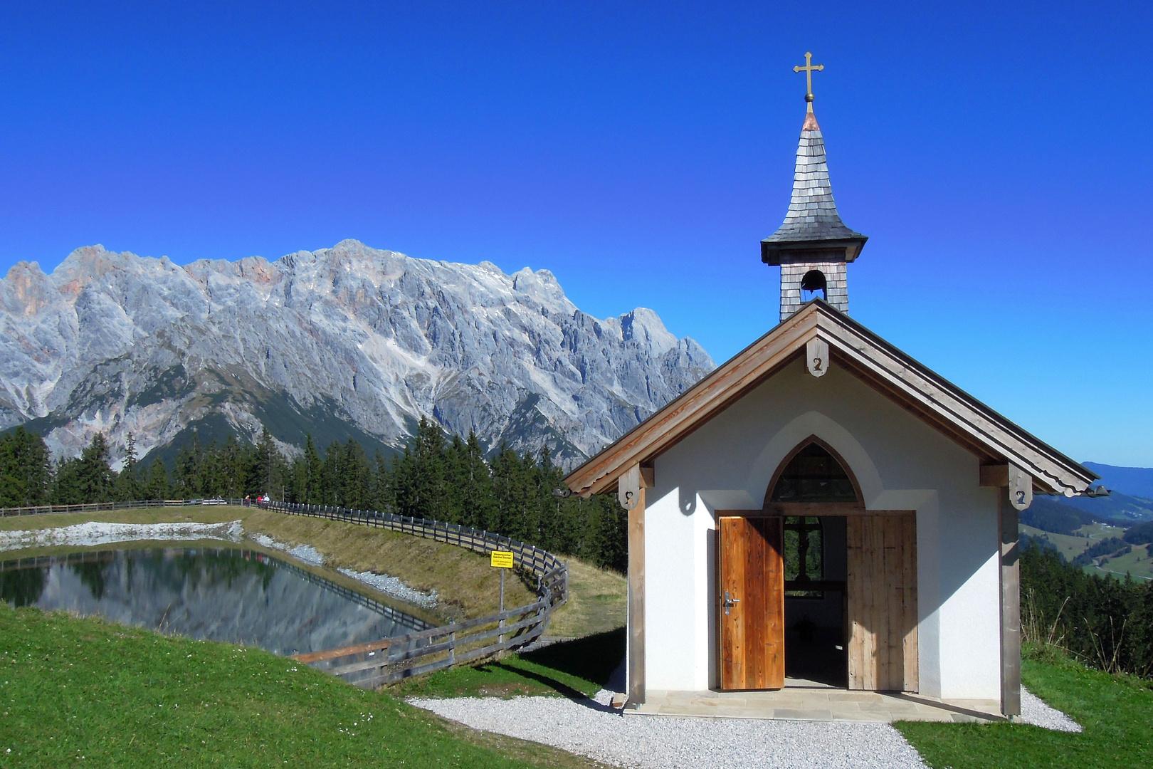 Das Bild am Sonntag - Kapelle auf der Steinbockalm - Dienten/Hkg.