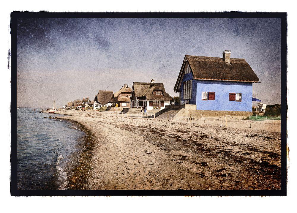 Das blaue Haus am Graswarder Heiligenhafen Foto & Bild