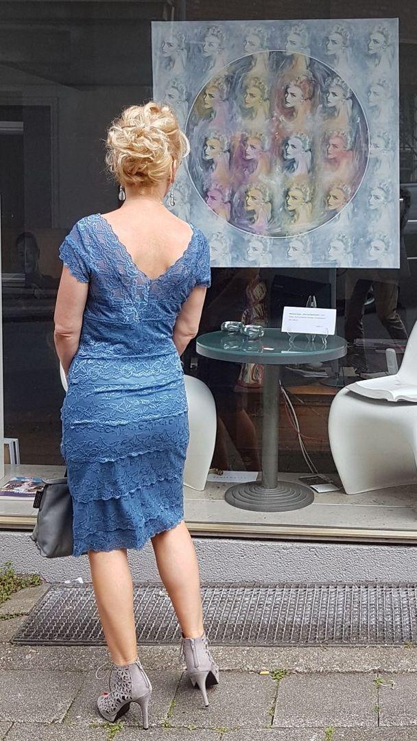 Das blaue Kleid...