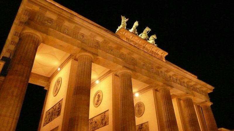 Das Brandenburgertor..ein beliebtes Motiv =)