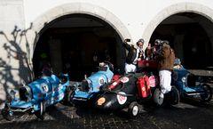 das Bugatti Team mit Tretautos