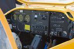 Das Cockpit des Motorseglers.............