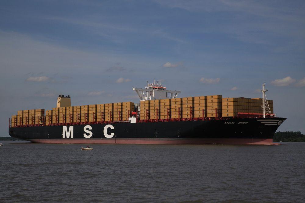 Taufe Containerschiff Hamburg