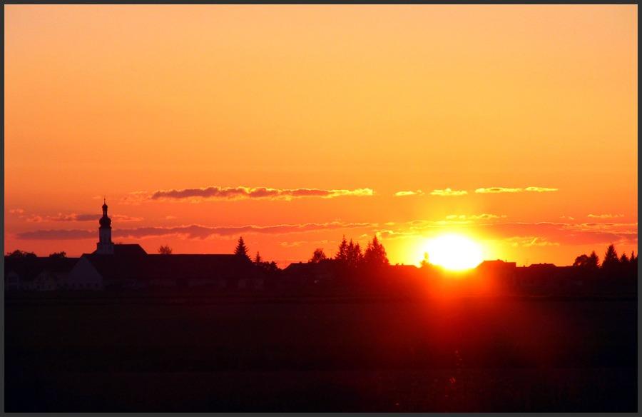 Das Dorf vor der Sonne....