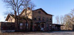 Das ehemalige Bahnhofsgebäude in Raguhn