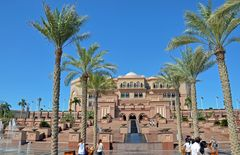 Das Emirates Palace Hotel in Abu Dhabi