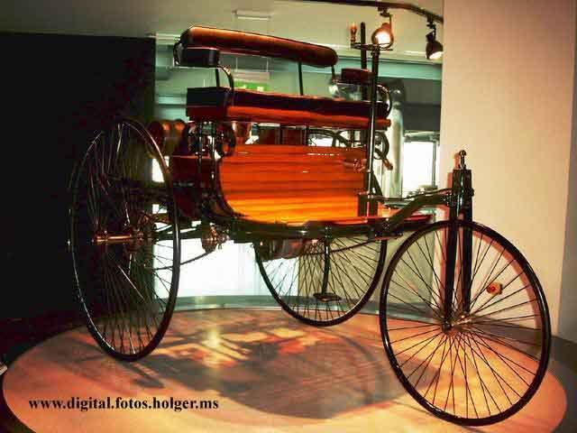 das erste auto der welt foto bild autos zweir der. Black Bedroom Furniture Sets. Home Design Ideas