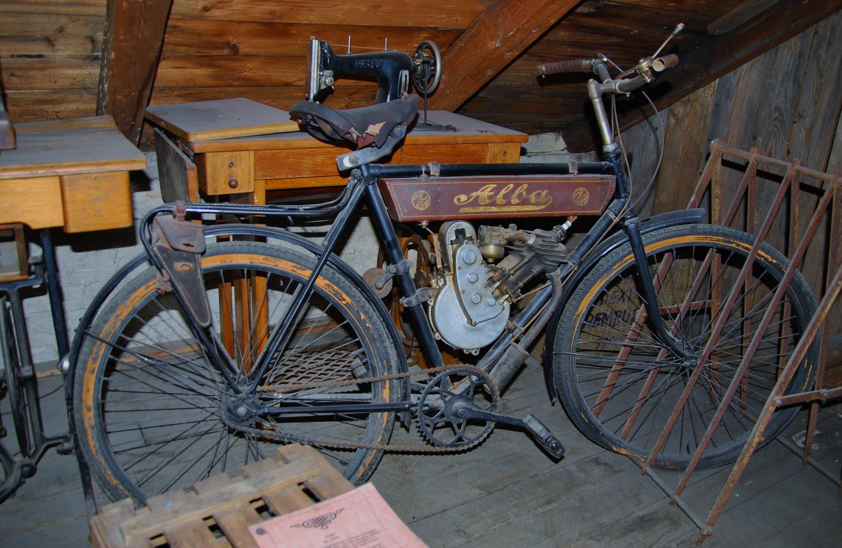 das erste E-Bike ?