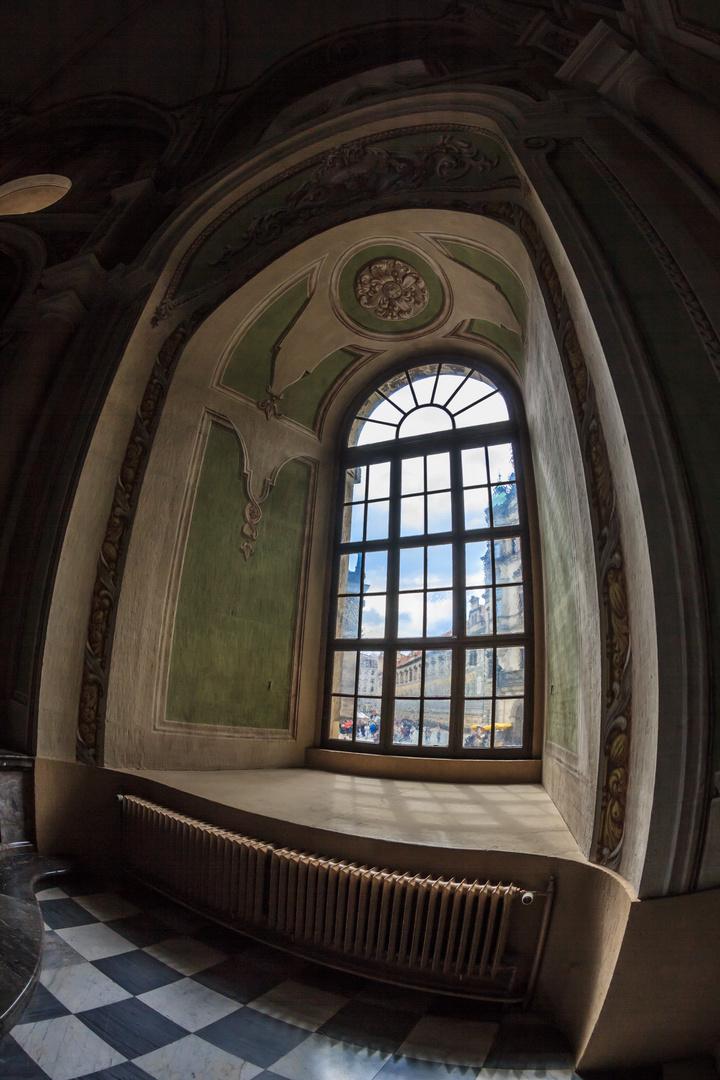 Das Fenster in der Kathedrale