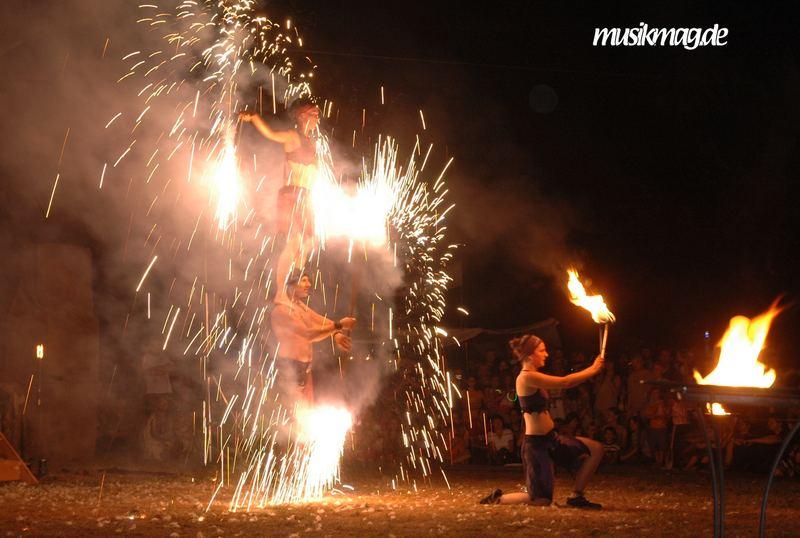 Das Feuer Trio auf dem Mittelalterlich Spectaculum in Bückeburg
