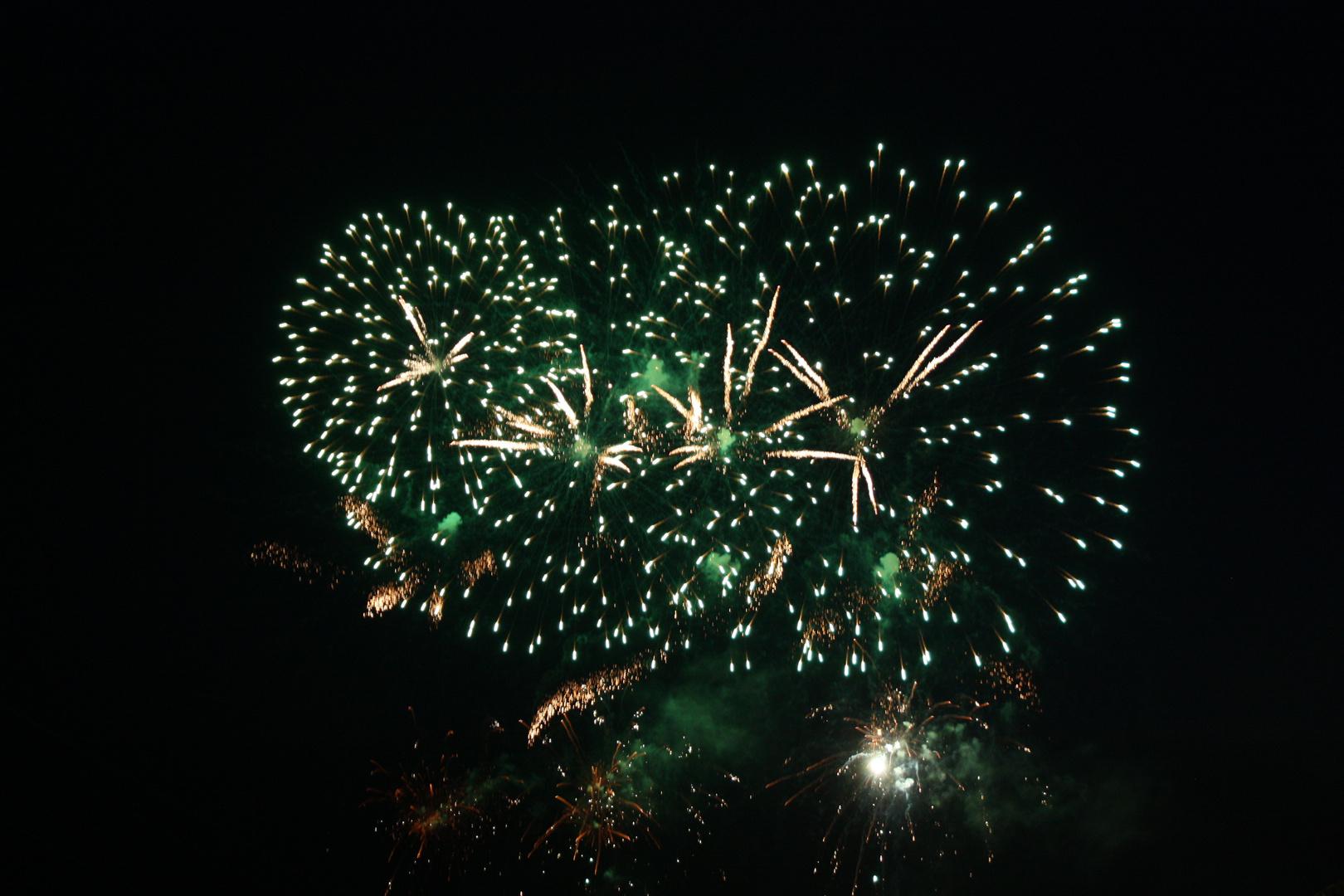Das Feuerwerk zu Düsseldorf ... 02