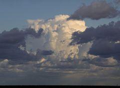 Das Gesicht in der Wolke